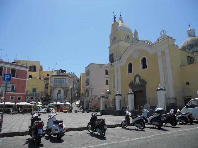 island off of Naples Italy