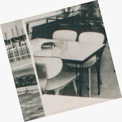 architectures de cartes postales 2 mai 2015. Black Bedroom Furniture Sets. Home Design Ideas