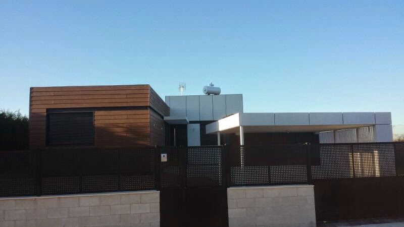 Vivienda modular de Resan, vista exterior