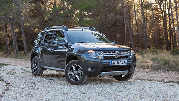 Renault Unveiled Its New SUV Duster Facelift 2015
