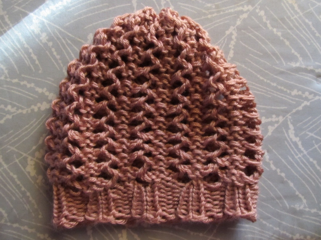 Free Knitting Pattern Lace Beanie : This Mama Knits: Lace Hat Pattern