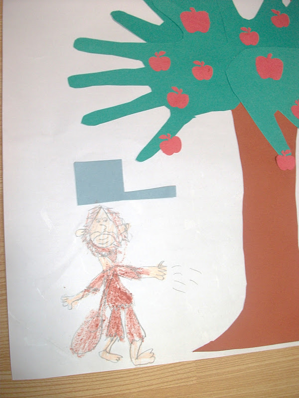 Preschool Crafts for Kids*: Johnny Appleseed Apple Tree Craft