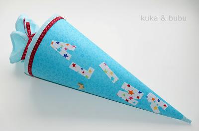 http://kukaandbubu.blogspot.com.es/2015/09/schultute-mini-tutorial.html