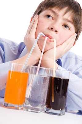 erosao-dentaria-refrigerantes - Consumo Excessivo de Frutas Tropicais Pode Provocar Erosão Dental