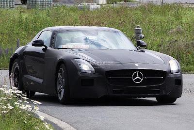 Spyshots: 2015 Mercedes SLC AMG
