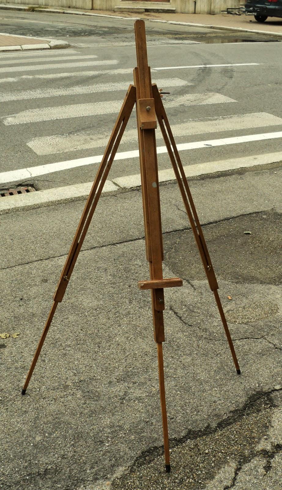 Cavalletto treppiedi in legno da pittore vintage tripod for Cavalletto pittore