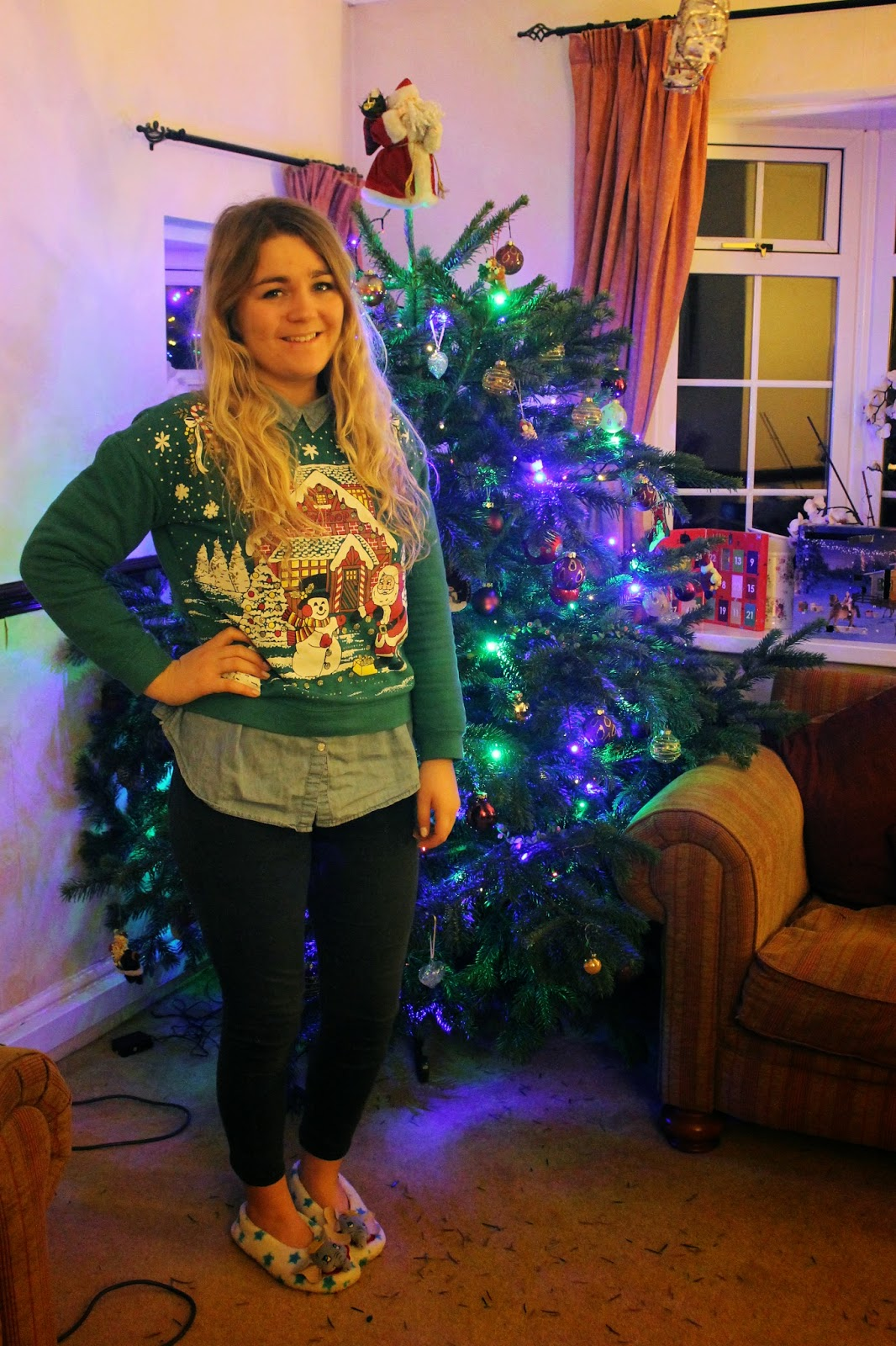 Christmas jumper and Christmas tree
