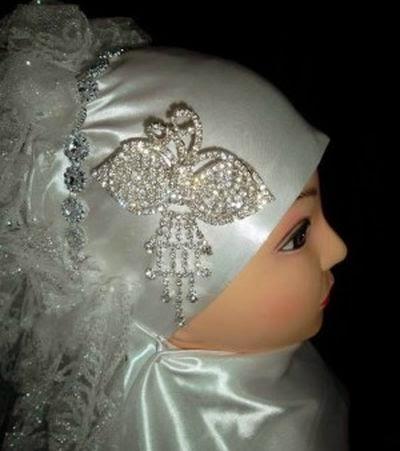 Hijab simple pour mariée