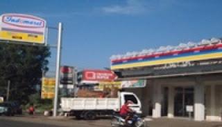 Satuan Polisi Pamong Praja Tidak Punya Nyali Tutup Indomaret di Jalan PGA Depan Kantor Kel. Situ