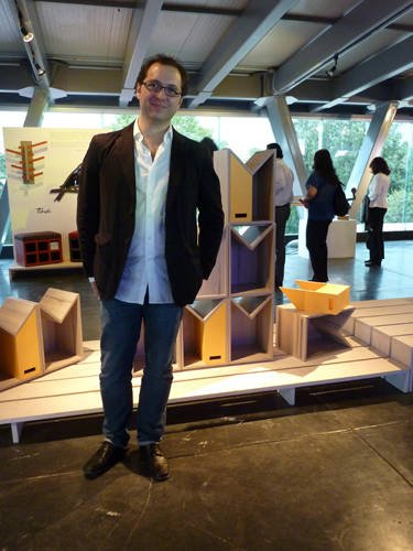 El diseñador Emiliano Godoy