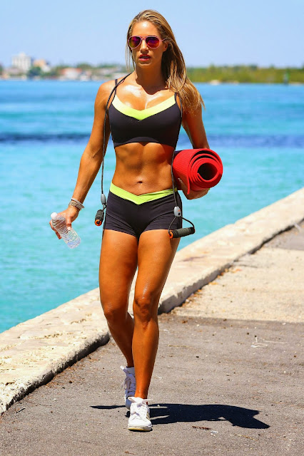 Fitness Model, Actress @ Jennifer Nicole Lee - Workout in Miami