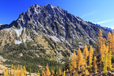 View of Mt Stuart from Ingalls Pass