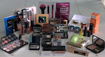 Fall into a great big bunch of makeup ! Contest ! International, ends 25 november