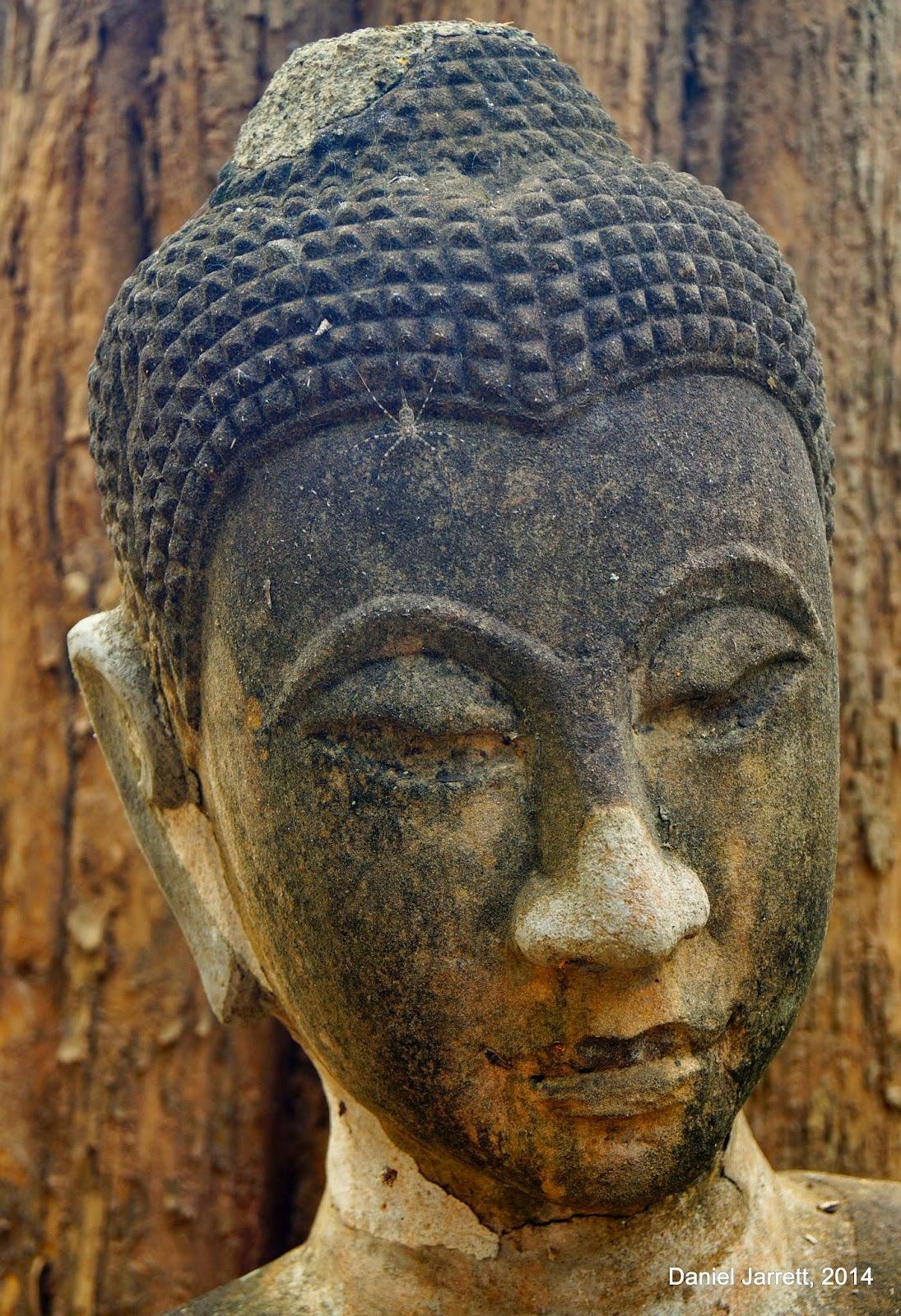 Wat Umong Suan Puthatham