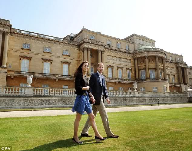 La parigi di maria antonietta visita a buckingham palace - Buckingham palace interno ...