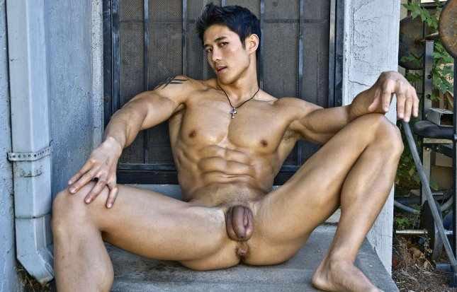 goliy-paren-aziati