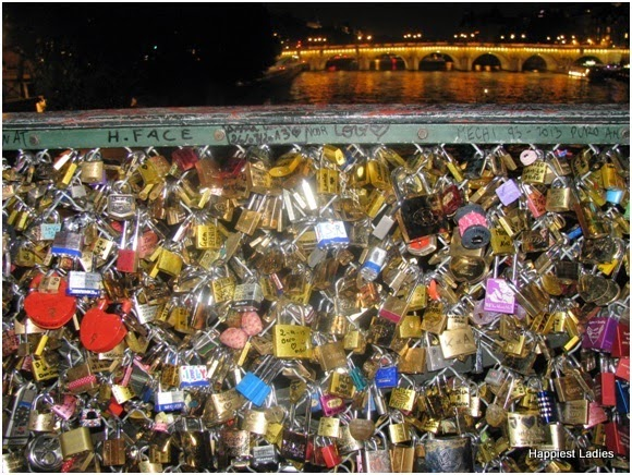 Love Lock Bridge - Seine - Paris