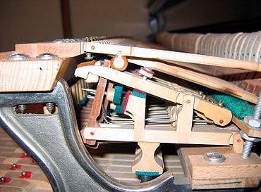 "<img alt=""Remont pianin"" src=""remont-pianin.jpg"" />"
