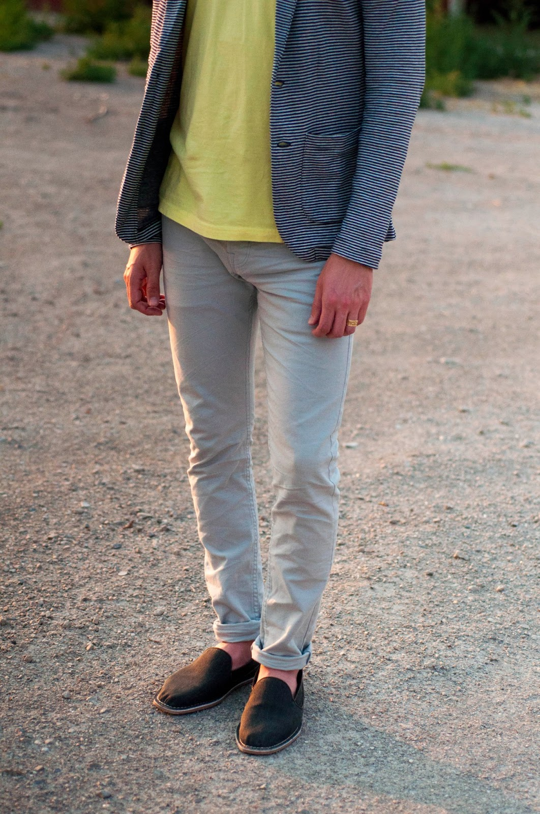 mens style, mens fashion blog, zara ootd, american apparel v neck, zara man shoes, striped blazer, cotton blazer