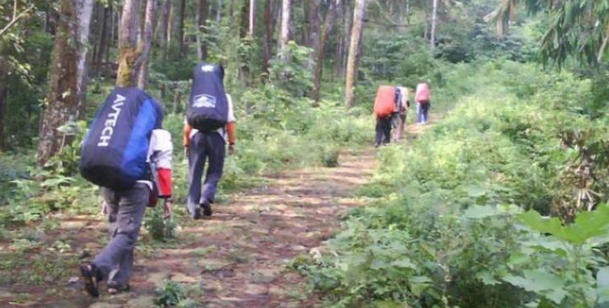 Status Waspada, Puluhan Pendaki Nekat Naik ke Gunung Slamet