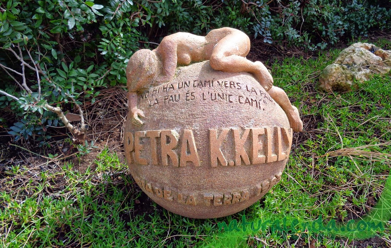 monumento a Petra K Kelly