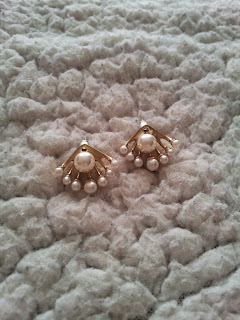 colis-née-jolie-bijoux-boucles-doreille-perle