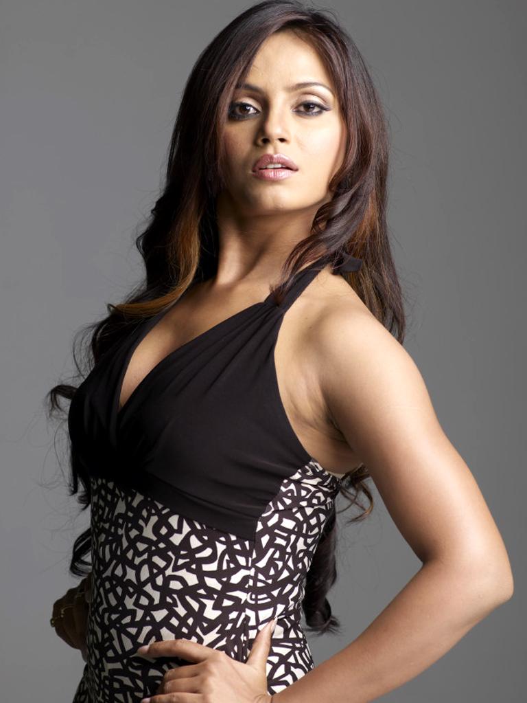 Stylish and winning Neetu chandra photo shoot for magazine