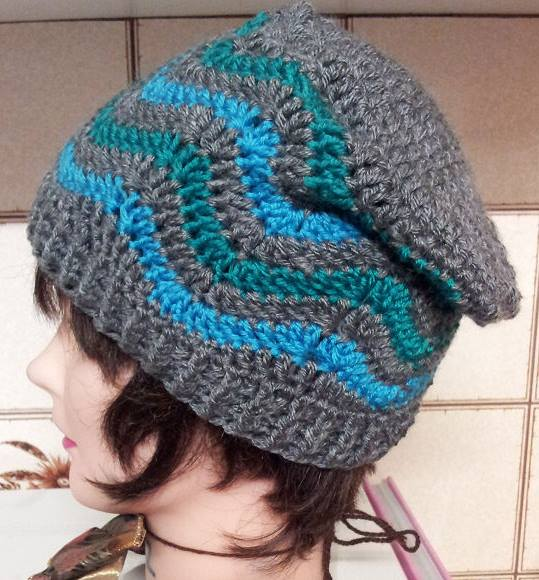 crochet ripple stitch hat, a free pattern