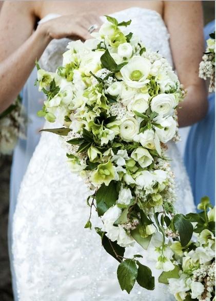 How To Make Bridal Bouquet Cascade : Platinum touch events trend alert cascading bouquets