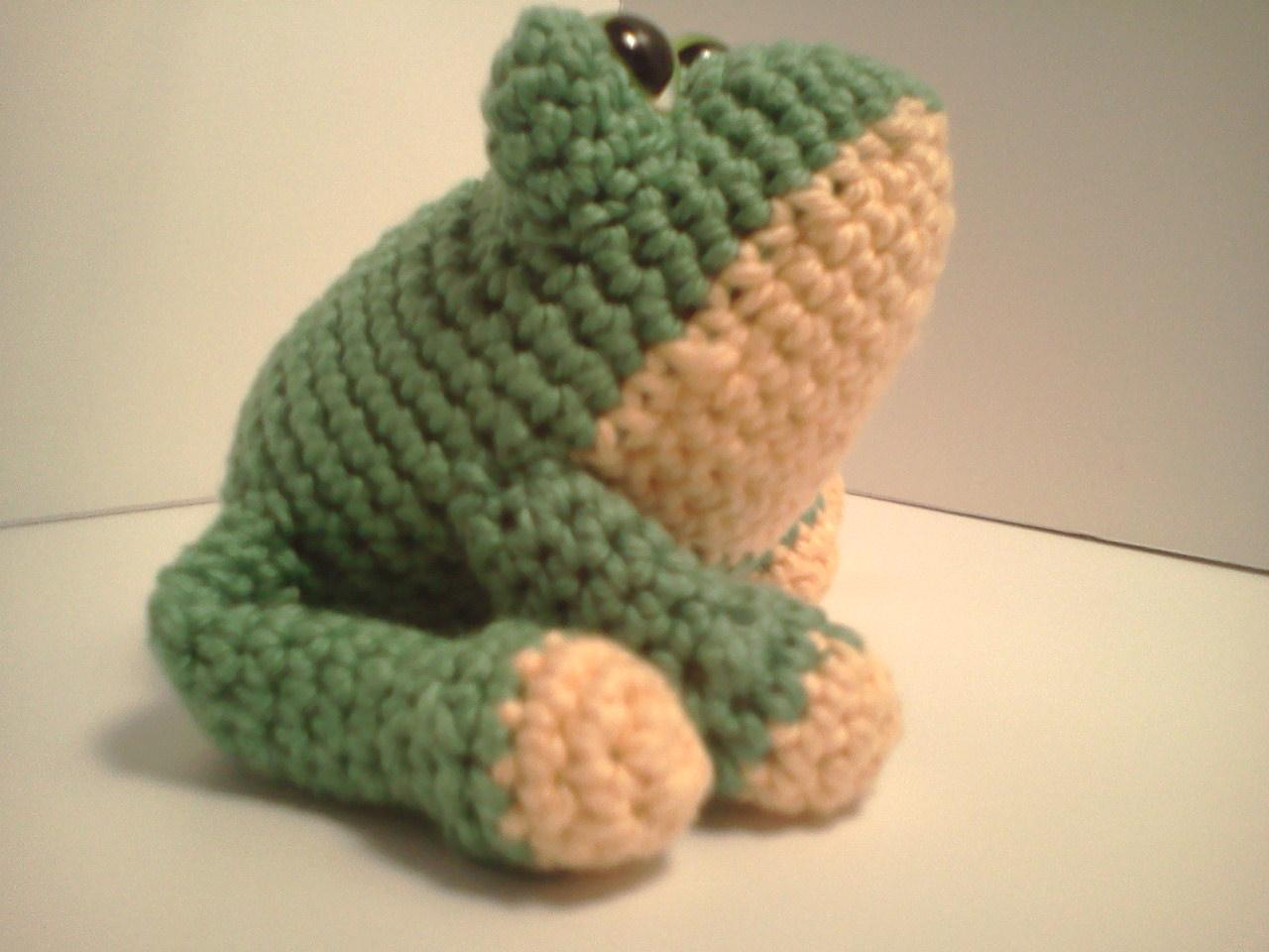 Amigurumi Green Frog : Serendipity Creative: Carter Frog AmiPal Amigurumi ...