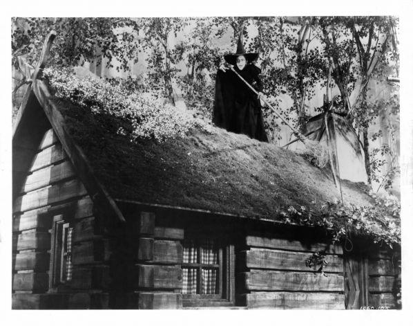 A Pisadeira - O terror noturno | O Calafrio