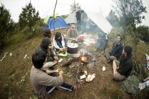Du lịch cắm trại