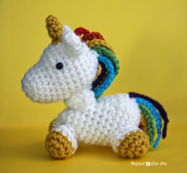 Crochet Baby Unicorn Pattern : Repeat Crafter Me: Crochet Unicorn Amigurumi
