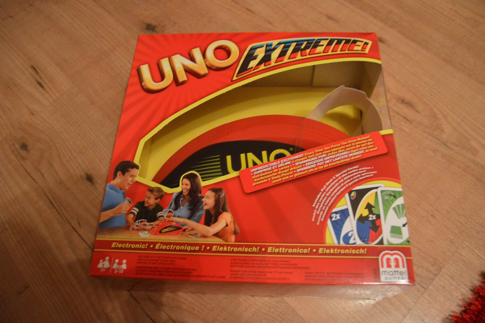 uno extreme review playdays and runways. Black Bedroom Furniture Sets. Home Design Ideas