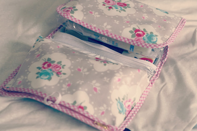Love-lammie-travel-washbag-not-on-the-highstreet-shop-review-blog-post