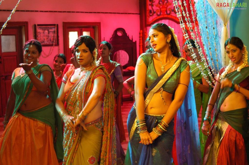 from Camren latest naked breast nude photos of anushka sharma