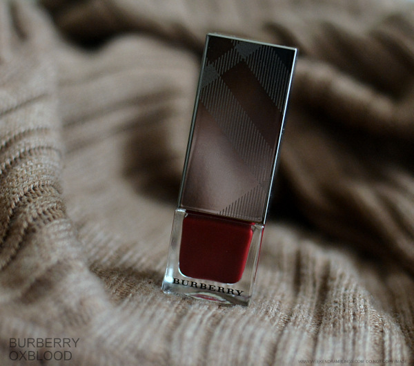 Burberry Nail Polish Oxblood No 303 Photos Swatches Review NOTD Indian Makeup Beauty Blog