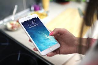 تقارير: سامسونغ ستتكلف بصناعة شاشات الآيفون !