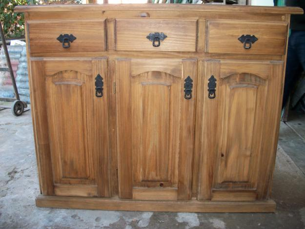 DIRECTORA GERENTE DE HOGAR: Reparar muebles de pino rayados