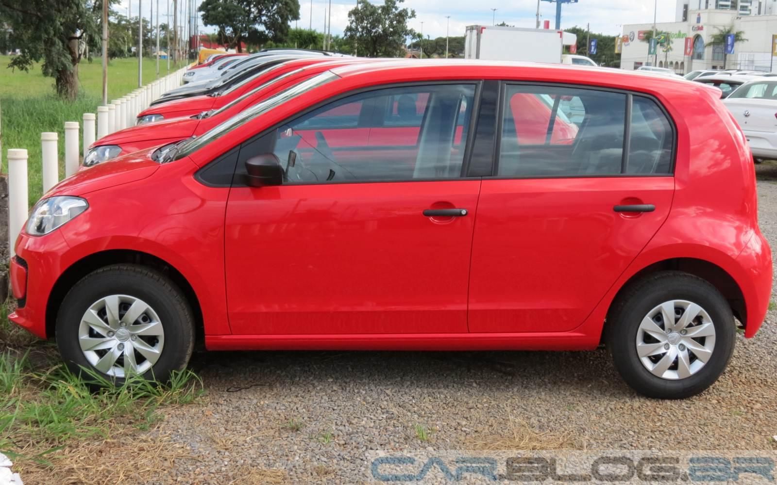 Volkswagen Up! x Fiat Uno Vivace
