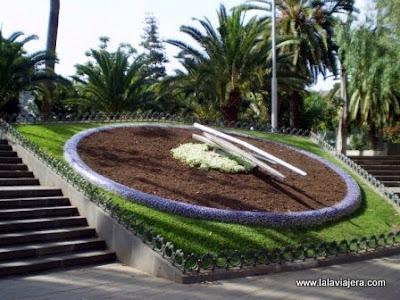Reloj Flores Parque Garcia Sanabria, Santa Cruz Tenerife