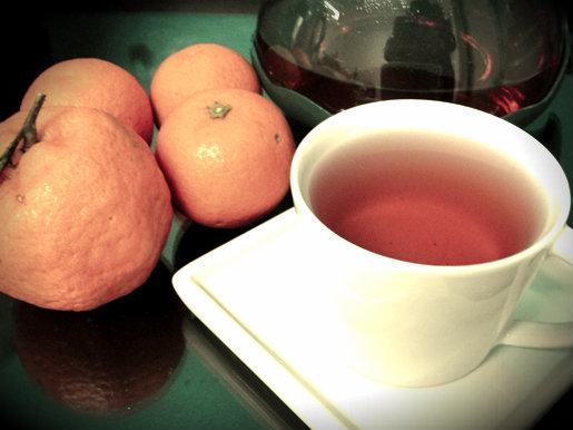 Chá e laranjas
