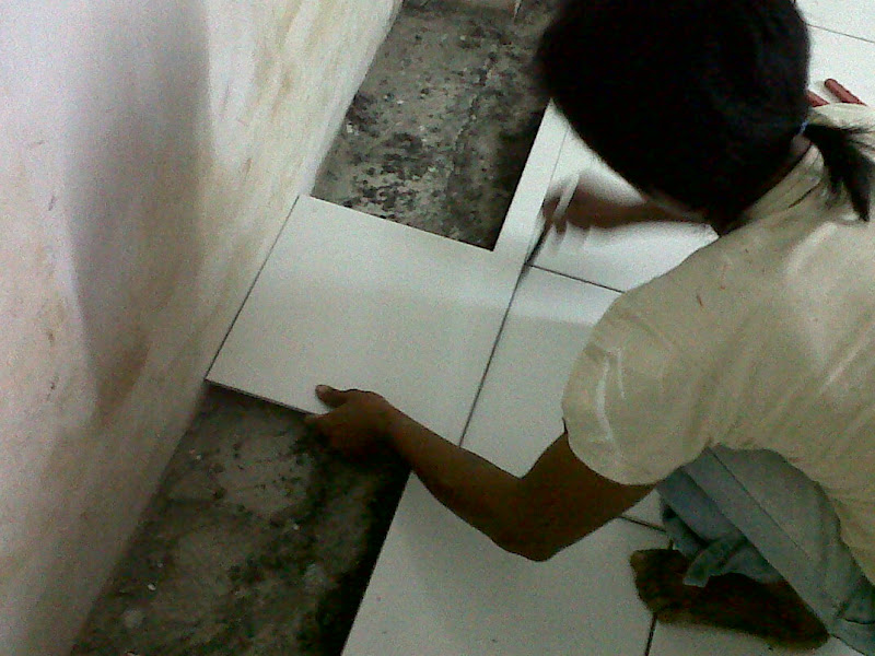 tahapan pemotongan keramik