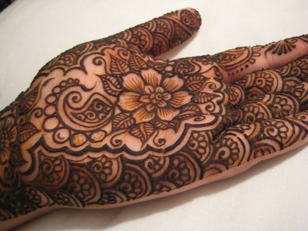 Hand Mehndi Tips : New mehndi for hands beauty tips info