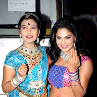 Veena Malik & Mahima Choudhary & Maryam Zakaria grace the Dahi Handi celebrations