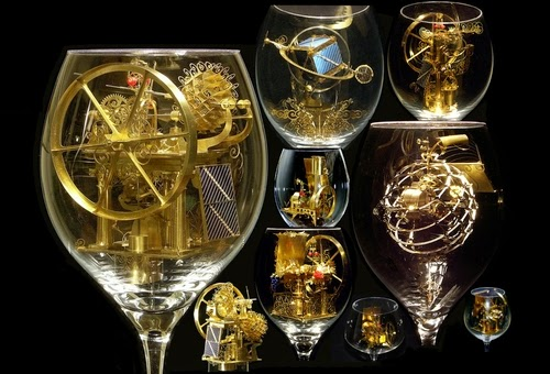 00-Solar-Kinetic-Miniature-Sculptures-in-a-Glass-Goblet-www-designstack-co
