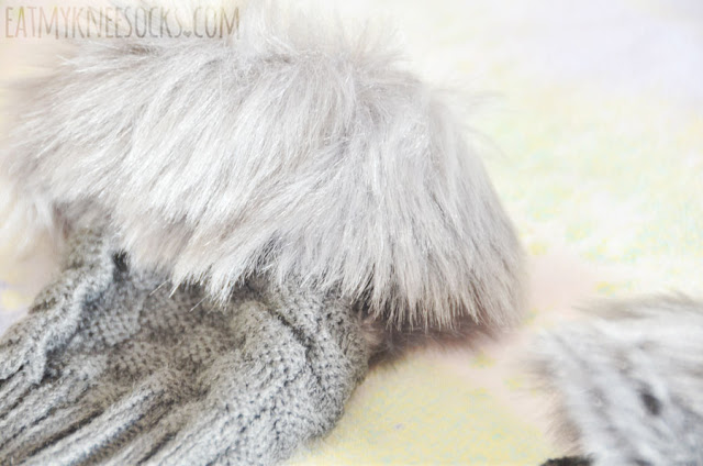 Details on Dresslink's dark gray ulzzang-esque Taiwanese/Japanese fashion-inspired fur-trim fingerless gloves/arm warmers.