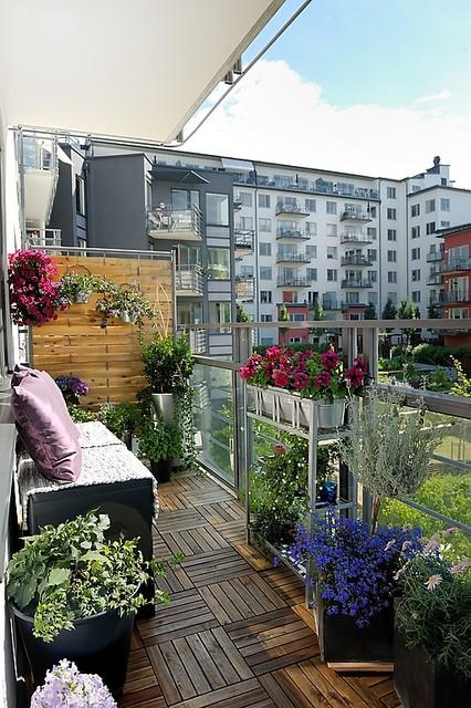 Fotos de balcones peque os ideas para decorar dise ar y for Decoracion de balcones pequenos