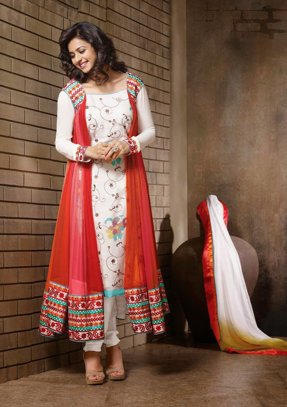 Designer salwar suits online dress yy for Online designs