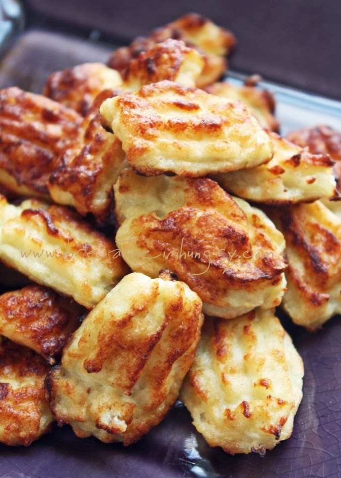 Pureed Cauliflower With Garlic, Parmesan, And Goat Cheese Recipes ...